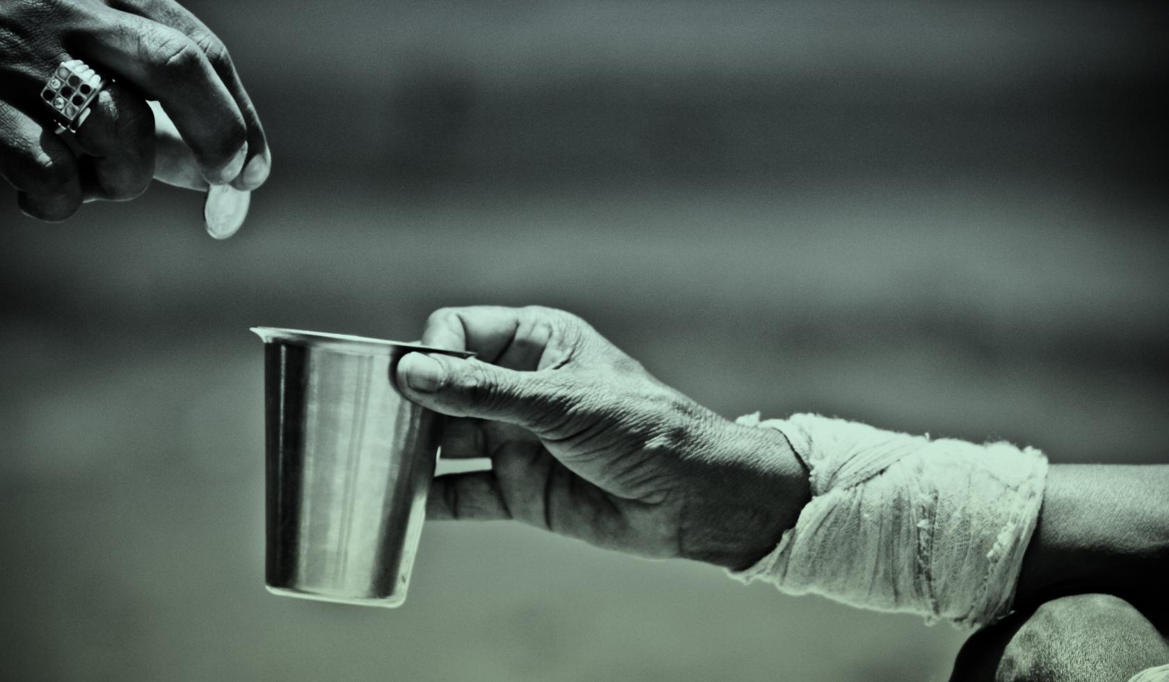 Macintosh HD:Users:brittanyloeffler:Downloads:Upwork:Homeless Man:money-to-homeless1.jpg