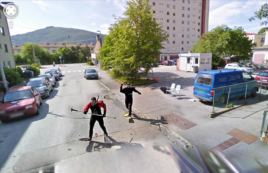 Macintosh HD:Users:brittanyloeffler:Downloads:Upwork:GoogleMaps:funny-google-street-view-photos-34.jpg