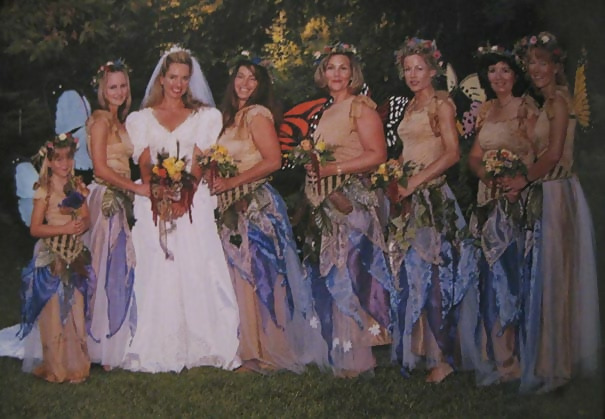 http://d1grj1r615atwi.cloudfront.net/wp-content/uploads/2018/09/27064829/old-fashioned-funny-bridesmaids-dresses-49-5ae330fdbdb35__605.jpg
