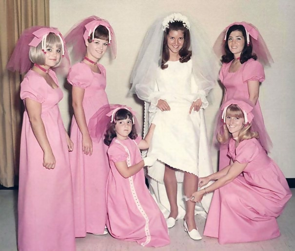 http://d1grj1r615atwi.cloudfront.net/wp-content/uploads/2018/09/27092542/old-fashioned-funny-bridesmaids-dresses-19-5ae30786a54d1__605.jpg