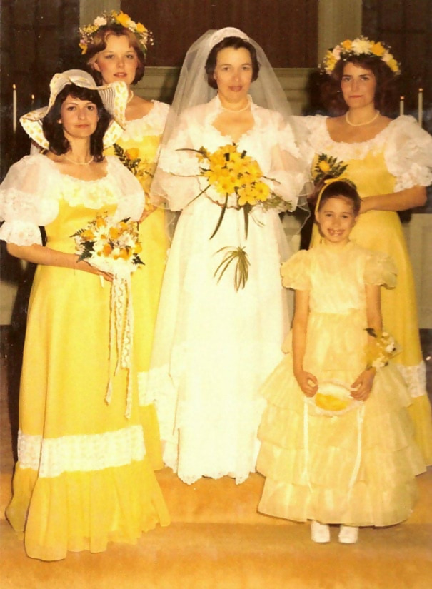 http://d1grj1r615atwi.cloudfront.net/wp-content/uploads/2018/09/27103926/old-fashioned-funny-bridesmaids-dresses-11-5ae2fbe4c3805__605.jpg