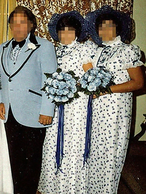 http://d1grj1r615atwi.cloudfront.net/wp-content/uploads/2018/11/01142129/old-fashioned-funny-bridesmaids-dresses-36-5ae31dd18a3a7__605.jpg