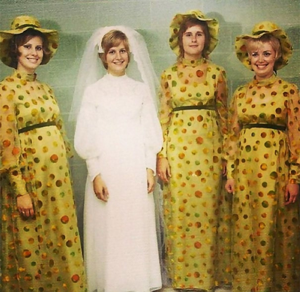 http://d1grj1r615atwi.cloudfront.net/wp-content/uploads/2018/09/26143607/old-fashioned-funny-bridesmaids-dresses-1-5ae2f6a0208cf__605.jpg