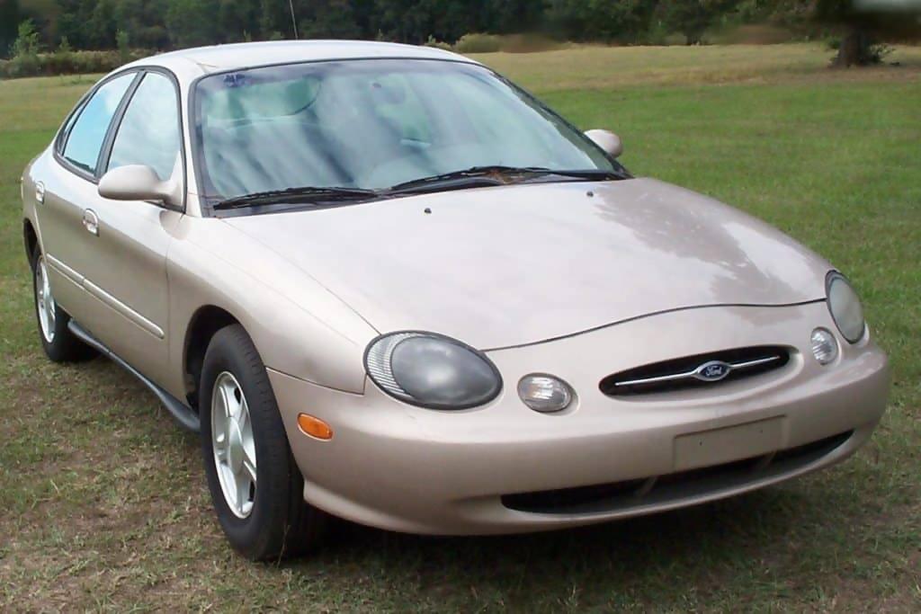 Macintosh HD:Users:brittanyloeffler:Downloads:Upwork:Ugly Cars:1999-Ford-Taurus-1024x683.jpg