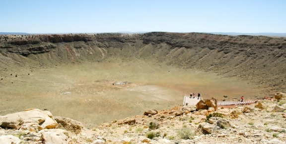 https://images.boredomfiles.com/wp-content/uploads/2019/05/arizona-crater-731w.jpg